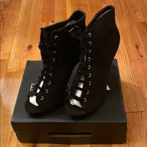 Fashion Nova Brand New Black laceup front booties